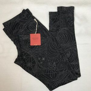 Mossimo Black and White Printed Leggings Size S